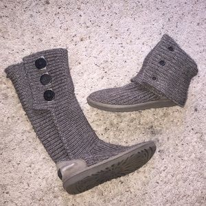 Ugh Australia grey knitted boots size 6!